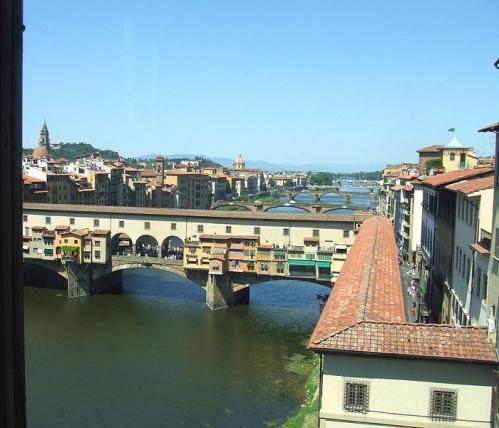 Corridor de Vasari vu des Offices à Florence