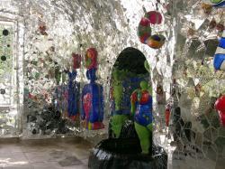 Niki de Saint-Phalle. Intérieur de la grotte de Hanovre (2001-2002)