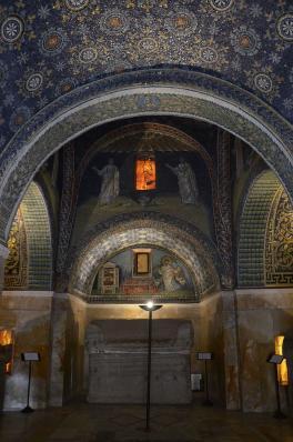 Mausolée de Galla Placidia, intérieur (425-450), Ravenne